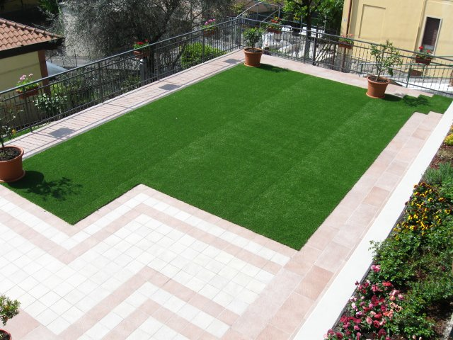Tappeti verdi per giardino plastica tappeto di erba - Erba sintetica da giardino ...